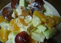 Ovocný salát s kuřecím masem