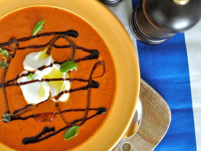 Rajčatová polévka s balsamicem