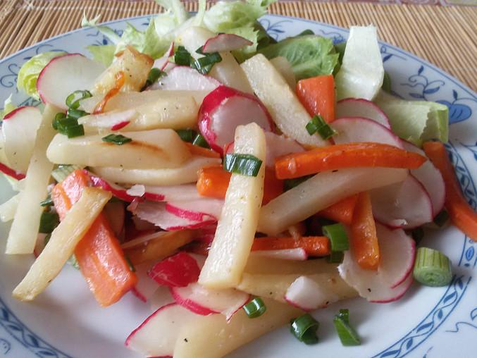 Salát s tuřínem
