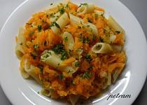 Těstoviny s dušenou mrkví