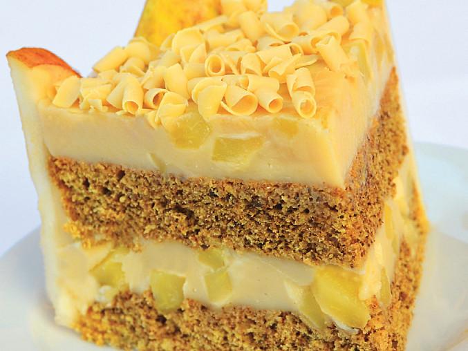 Hruškový dortík z jihu Evropy, Teprve na řezech zazáří hruškové kostky zavařené v pudinkové náplni jako drahokamy