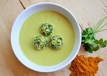 Krémová polévka z petržele a kari