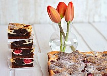 Malinový cheesecake brownies