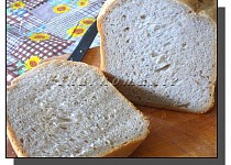 Očkatý chléb s kefírem