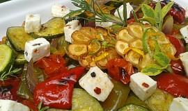 Pečená zelenina s kozím sýrem a bylinkami
