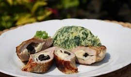 Vepřové kapsy plněné ovčím sýrem a olivami