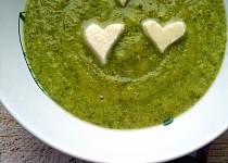 Brokolicový krém s mozzarellou