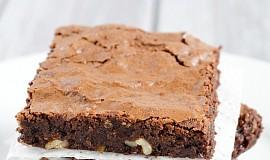 Čokoládové brownies s vlašskými ořechy