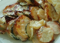 Gratinovaná cuketa s brambory
