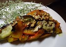 Karamelizovaná dýně s Nivou a ořechy