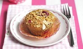 Malinové muffiny s mandlemi a marcipánem