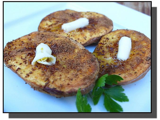 Maminčiny pečené brambory