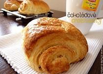 Máslový croissant s čokoládou