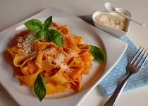Nejjednodušší rajčatová omáčka na těstoviny z italské kuchařky