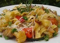 Nudle s pečenou zeleninou