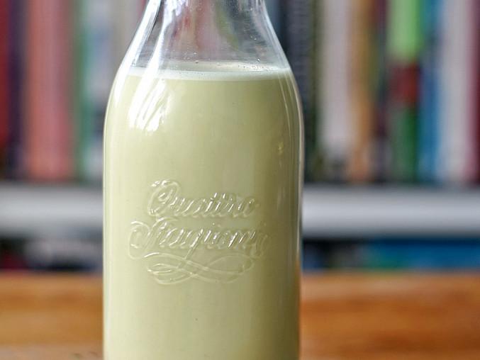 Pistáciové mléko s vanilkou (raw)
