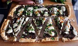 Pizza s houbami a kešu krémem