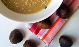 Polévka z pečených kaštanů