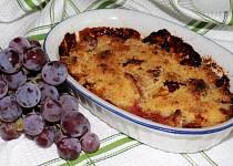 Jablkový křupanec s hroznovým vínem
