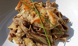 Kuřecí prsa s houbami shiitake a smetanovou omáčkou