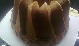 Netradiční ananasová bábovka