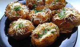 Pečené brambory s parmazánem