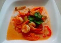 Thajská polévka s kokosovým mlékem Tom Yum Goong