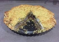Zasněžený jablečný koláč