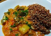Cuketové kari s quinoou