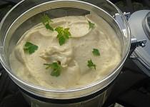 Domácí majonéza s chutí smažené cibulky