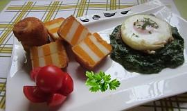 Dvoubarevné krokety se špenátem a sázeným vejcem