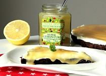 Kakaový koláč s citronovým krémem