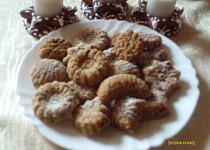 Ořechovo čokoládové cukroví