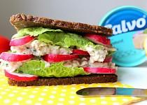 Tuňákovo-celerový sendvič