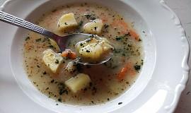 Celerová polévka s brambory