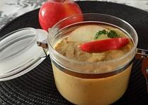 Jablkovo- karamelové pyré (přesnidávka) s chia semínky