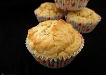 Kokosové muffiny s rozinkami