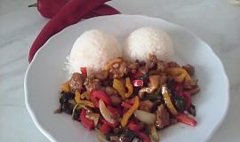 Kuře na woku s kapií