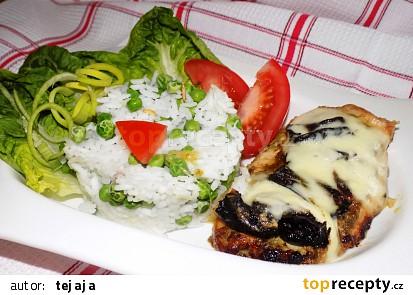 Kuře zapečené s pestem, sušenými rajčaty a mozzarellou