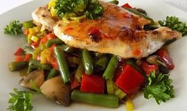 Kuřecí pikantní minutkový plátek se zeleninou