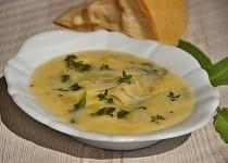 Bramborová polévka s parmazánem
