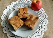 Obrácený koláč s jablky (variace na Tarte tatin) bez lepku, mléka a vajec