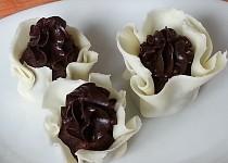 Čokoládovo-marcipánové košíčky