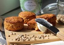 Mini muffiny se sušenými rajčaty