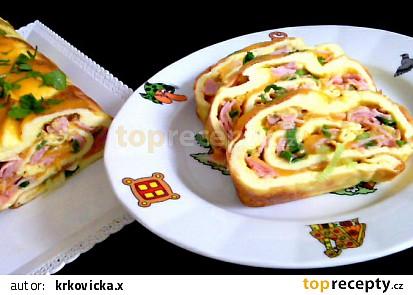 Vaječná roláda se šunkou a sýrem