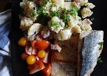 Mořská štika s bramborovým salátem