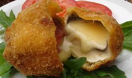Smažené žampiony plněné sýrem
