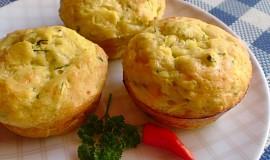 Cuketové muffiny plněné mozzarellou