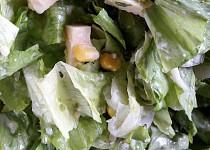 Ledový salát s česnekem a sýrem