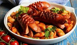 Řecké pečené fazole (a český špekáček)